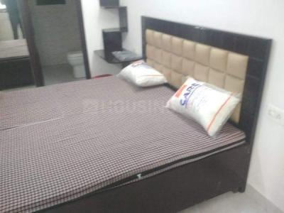 Gallery Cover Image of 300 Sq.ft 1 RK Independent Floor for rent in Sector 17 for 6500