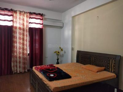 Gallery Cover Image of 1835 Sq.ft 3 BHK Apartment for rent in Amrapali Silicon City, Sector 76 for 16500