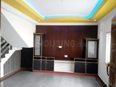 Gallery Cover Image of 850 Sq.ft 2 BHK Independent House for buy in Poonamallee for 4000000
