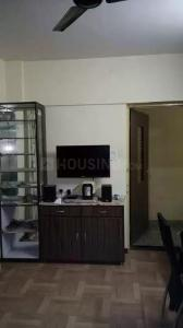 Gallery Cover Image of 350 Sq.ft 1 RK Apartment for rent in Navbharat Sahyog Co-Operative Housing Soceity, Goregaon East for 18000