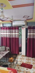 Gallery Cover Image of 470 Sq.ft 1 BHK Independent House for rent in Vikhroli East for 16000