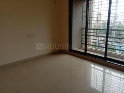 Gallery Cover Image of 665 Sq.ft 1 BHK Apartment for rent in Sadguru Complex Phase II, Goregaon East for 26000