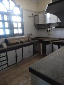 Gallery Cover Image of 5000 Sq.ft 6 BHK Independent House for rent in New Friends Colony for 250000