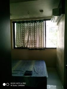 Gallery Cover Image of 750 Sq.ft 2 BHK Apartment for rent in Mahim for 65000