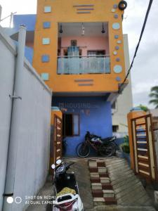 Gallery Cover Image of 1100 Sq.ft 4 BHK Independent House for buy in Malkajgiri for 8000000