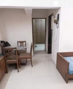 Gallery Cover Image of 610 Sq.ft 1 BHK Apartment for rent in Goregaon East for 32500