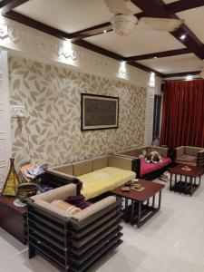 Gallery Cover Image of 1250 Sq.ft 3 BHK Independent Floor for buy in Jodhpur Park for 14000000