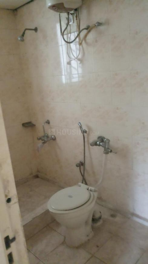 Common Bathroom Image of 1800 Sq.ft 3 BHK Apartment for rent in Hombegowda Nagar for 35000
