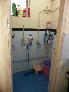 Bathroom Image of PG 6626639 Kandivali East in Kandivali East