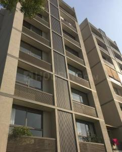 Gallery Cover Image of 2700 Sq.ft 4 BHK Apartment for buy in Bodakdev for 20000000