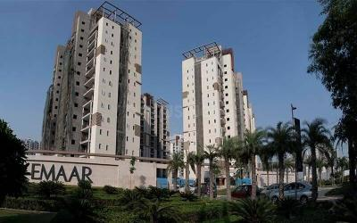 Gallery Cover Image of 3200 Sq.ft 4 BHK Apartment for buy in Emaar Gurgaon Greens, Sector 102 for 16000000