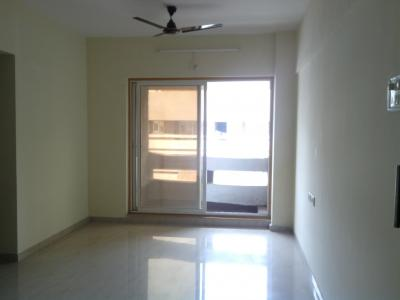 Gallery Cover Image of 630 Sq.ft 1 BHK Apartment for buy in Rustomjee Global City, Virar West for 2700000