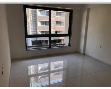 Gallery Cover Image of 1050 Sq.ft 2 BHK Apartment for rent in Savvy Strata, Sarkhej- Okaf for 14000