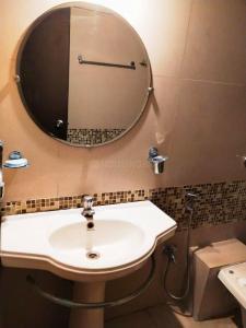 Bathroom Image of PG 7573947 Mundhwa in Mundhwa