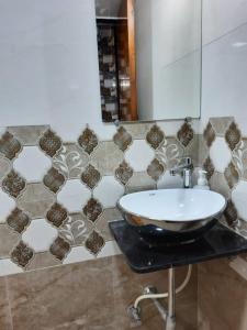 Bathroom Image of Galaxy in Kandivali West