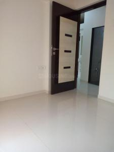 Gallery Cover Image of 980 Sq.ft 2 BHK Apartment for rent in RNA NG Canary Phase II, Mira Road East for 18000