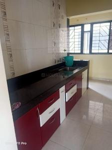 Gallery Cover Image of 1050 Sq.ft 2 BHK Apartment for rent in Magarpatta Roystonea, Magarpatta City for 22000