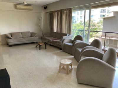 Gallery Cover Image of 2200 Sq.ft 4 BHK Apartment for rent in Satguru Paman, Bandra West for 300000