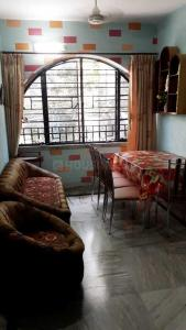 Gallery Cover Image of 750 Sq.ft 2 BHK Apartment for buy in Regent Park for 3600000