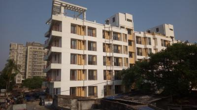 Gallery Cover Image of 420 Sq.ft 1 BHK Apartment for buy in Kasba for 2900000