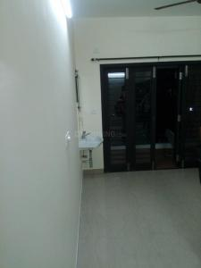 Gallery Cover Image of 1300 Sq.ft 2 BHK Apartment for rent in Velachery for 20000