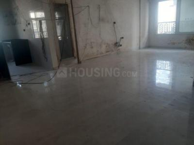 Gallery Cover Image of 1300 Sq.ft 3 BHK Apartment for rent in Parinee 11 West, Juhu for 160000