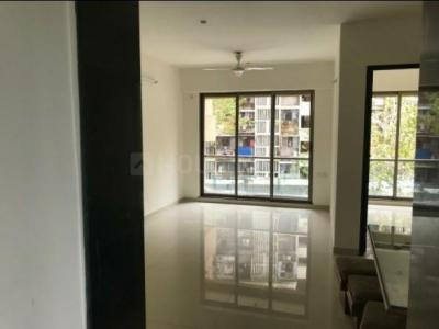 Gallery Cover Image of 840 Sq.ft 2 BHK Apartment for rent in Runwal Symphony, Santacruz East for 52000