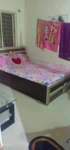 Gallery Cover Image of 550 Sq.ft 1 BHK Apartment for buy in Shukrawar Peth for 3200000