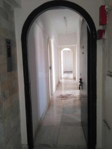 Gallery Cover Image of 1400 Sq.ft 3 BHK Apartment for rent in Andheri West for 80000