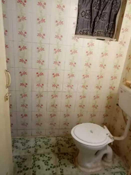 Common Bathroom Image of 450 Sq.ft 1 BHK Independent House for rent in Whitefield for 8000