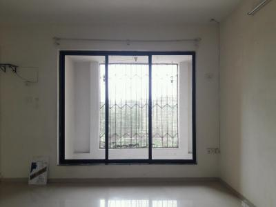 Gallery Cover Image of 1320 Sq.ft 3 BHK Apartment for rent in Malad West for 50000