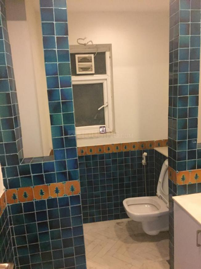 Bathroom Image of 4200 Sq.ft 4 BHK Apartment for buy in Sector 54 for 52000000