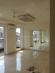 Gallery Cover Image of 3150 Sq.ft 4 BHK Independent House for rent in RWA Chittaranjan Park Block I, Chittaranjan Park for 150000
