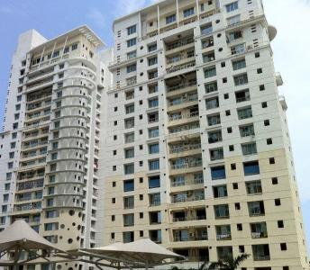 Gallery Cover Image of 1015 Sq.ft 2 BHK Apartment for rent in Goregaon West for 70000