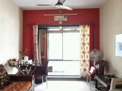 Gallery Cover Image of 570 Sq.ft 1 BHK Apartment for buy in Thane West for 7000000