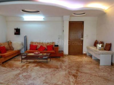 Gallery Cover Image of 1000 Sq.ft 2 BHK Apartment for rent in Vile Parle East for 55000