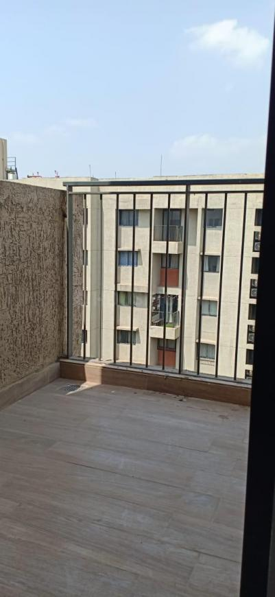 Terrace Image of 600 Sq.ft 2 BHK Apartment for rent in Dombivli East for 10000