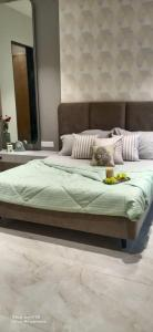 Gallery Cover Image of 921 Sq.ft 2 BHK Apartment for buy in Spacemint Easterlia, Lohegaon for 5504529