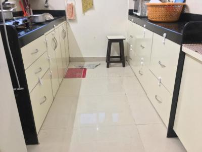 Gallery Cover Image of 1500 Sq.ft 2 BHK Apartment for rent in Thane West for 27000