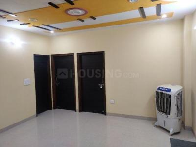 Gallery Cover Image of 750 Sq.ft 2 BHK Independent Floor for rent in Manglapuri for 18000