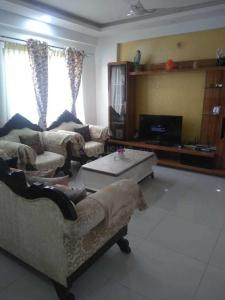 Gallery Cover Image of 1830 Sq.ft 3 BHK Apartment for rent in Bellandur for 40000
