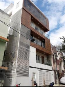 Gallery Cover Image of 1120 Sq.ft 2 BHK Apartment for rent in Malleswaram for 36000
