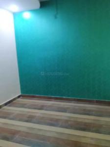 Gallery Cover Image of 350 Sq.ft 1 RK Independent Floor for buy in Uttam Nagar for 750000
