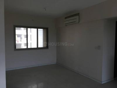 Gallery Cover Image of 584 Sq.ft 1 BHK Apartment for rent in Nilje Gaon for 9500
