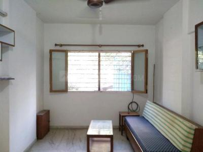 Gallery Cover Image of 950 Sq.ft 2 BHK Apartment for buy in Navratna Vakola Cooperative Housing Society Limited, Santacruz East for 22500000