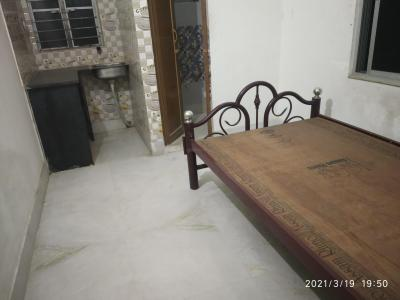 Gallery Cover Image of 400 Sq.ft 1 RK Independent House for rent in balaji apartment, Keshtopur for 4500