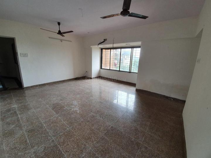 Living Room Image of 960 Sq.ft 2 BHK Apartment for rent in Kandivali East for 35000