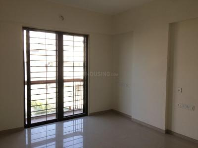 Gallery Cover Image of 1350 Sq.ft 2 BHK Apartment for rent in Ghatkopar West for 65000