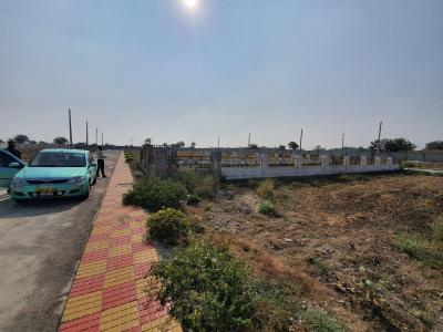 Gallery Cover Image of  Sq.ft Residential Plot for buy in Bhanur for 2200000