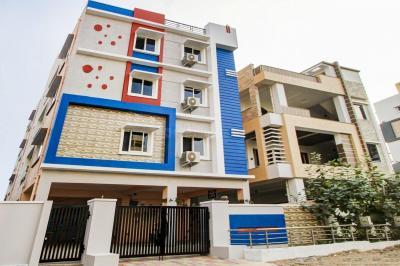 Building Image of Oyo Life Hyd1222 Hafeezpet in Hafeezpet